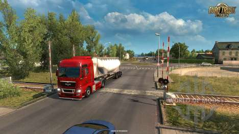 Railway crossing in the Vive La France update for Euro Truck Simulator 2