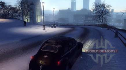What distinguishes the Mafia 2 Deluxe