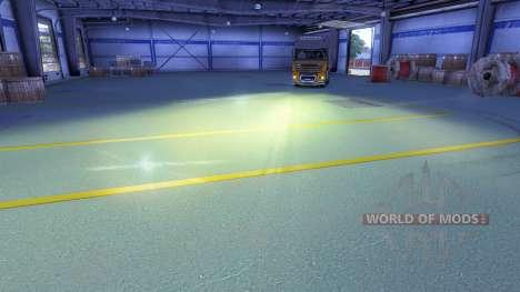 Yellow light headlamp for Euro Truck Simulator 2