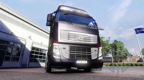 New lights and mud flaps at Volvo for Euro Truck Simulator 2