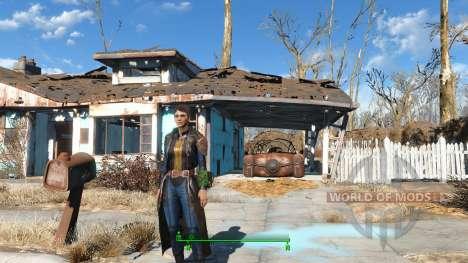 The Bad-Ass Vault Dweller Long Coat for Fallout 4