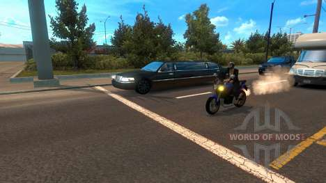 Motorcycles among the traffic for American Truck Simulator
