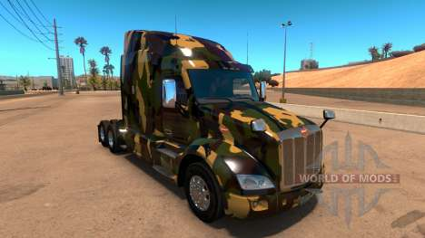 Skin Camouflage for Peterbilt 579 for American Truck Simulator