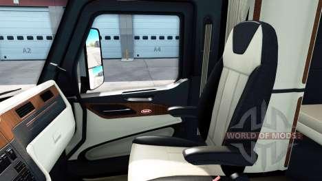 The luxury interior in a Peterbilt 579 for American Truck Simulator