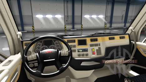 Redesigned the interior in a Peterbilt 579 for American Truck Simulator