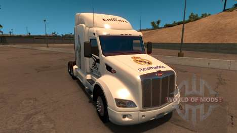 Peterbilt 579 Real Madrid Skin for American Truck Simulator