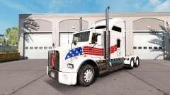 Skin USA on tractor Kenworth T800