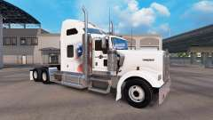 Skin Independent on the truck Kenworth W900