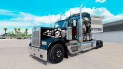 The skin on the Skull truck Kenworth W900