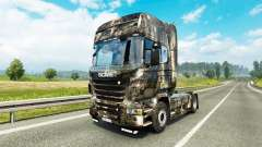 Skin City at tractor Scania