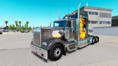Skin Mad Max on the truck Kenworth W900
