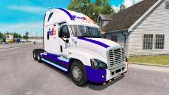 The skin on the FedEx truck Freightliner Cascadi