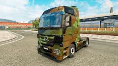 Skin Camo on truck Mercedes-Benz