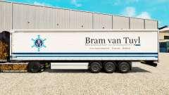 Skin Bram van Tuyl on a curtain semi-trailer