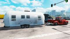 Airstream trailer in traffic