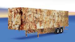 Skin Rusty on refrigerated semi-trailer